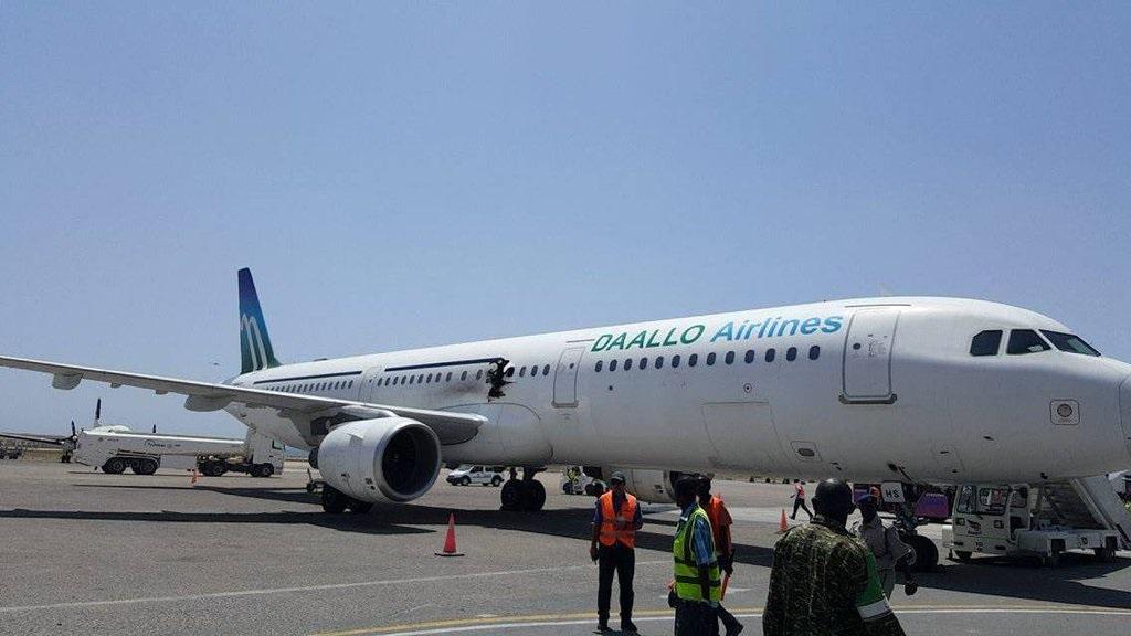 Bomba_Daallo-airlines_2