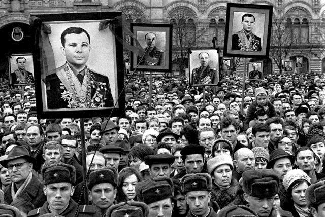 SMEAL_Yuri Gagarin_03