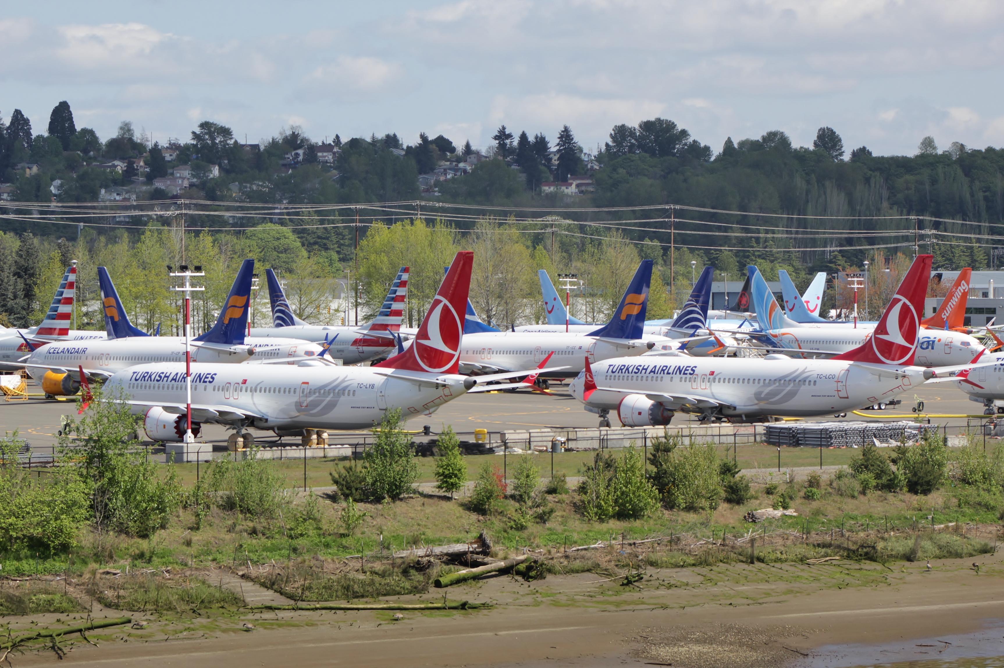 Boeing estima que el 737 MAX volará después de mediados de 2020
